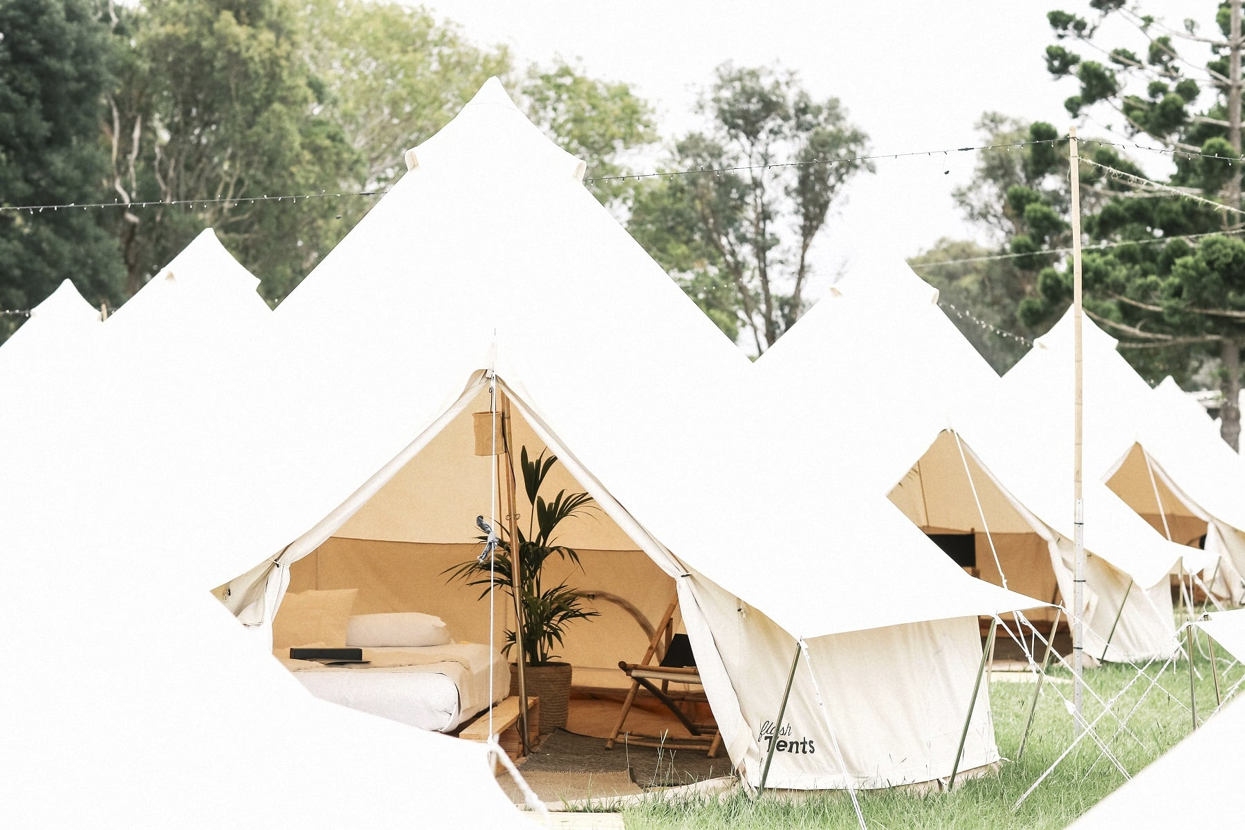 07_flash-camp_interior-tent-view_photo-by-elise-hassey_small