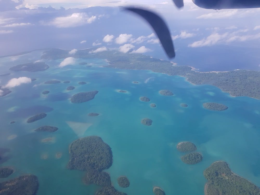 Amazing views as you fly over the islands.